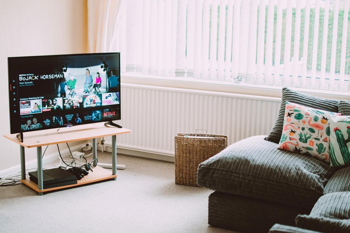 televizor-camera-casa
