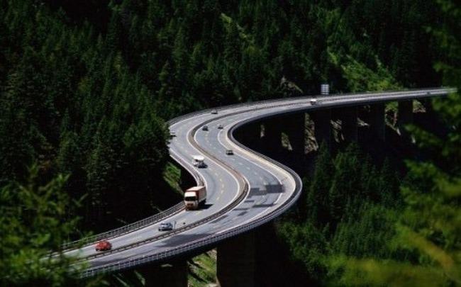 Planul secret al lui Victor Ponta pentru autostrada Comarnic-Brașov