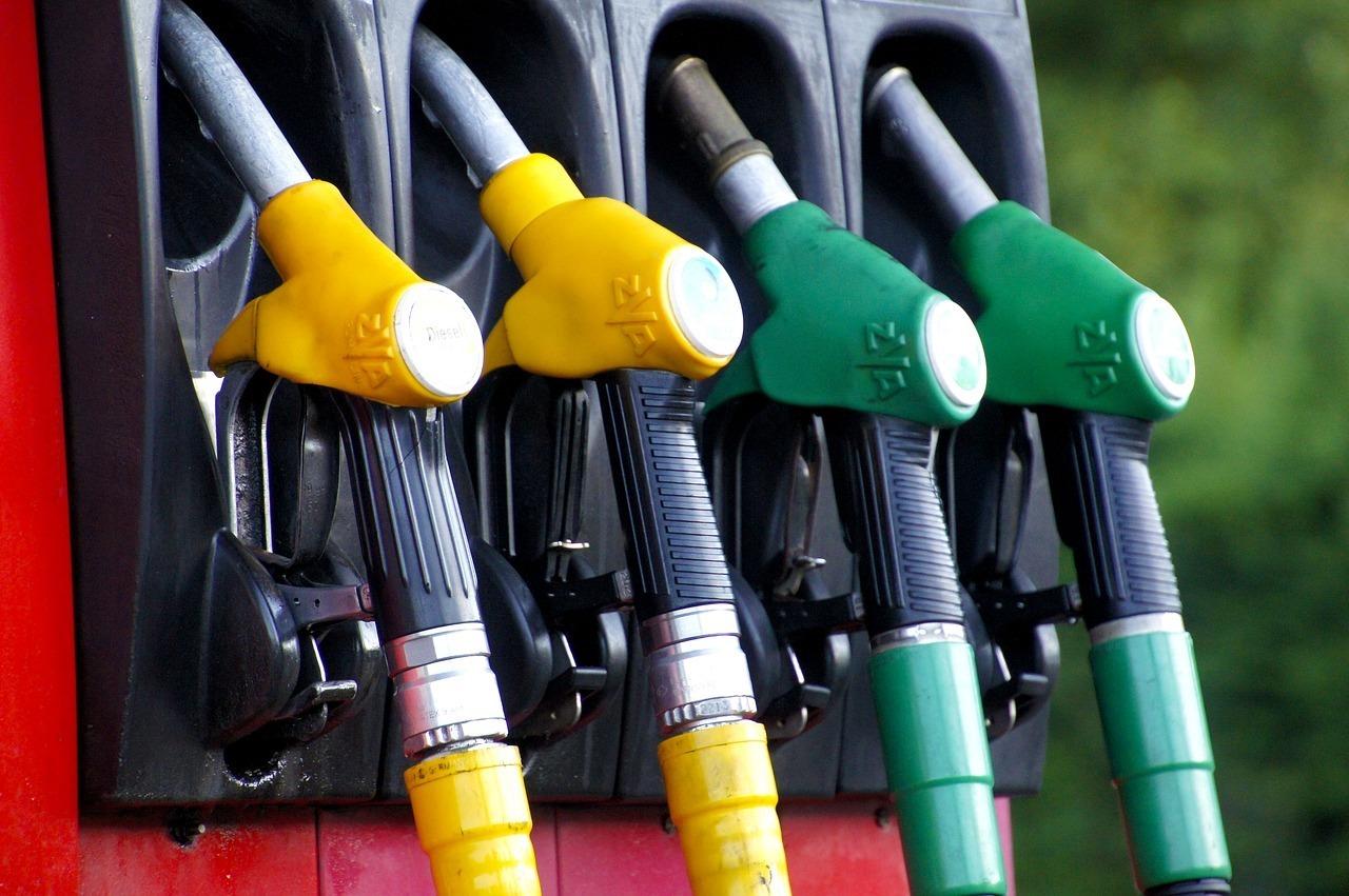 preturi-combustibili-benzina-motorina