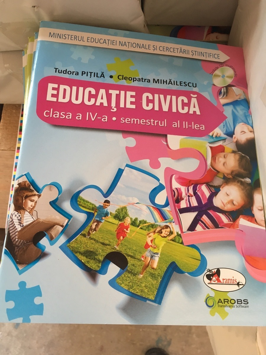 manual-educatie-civica