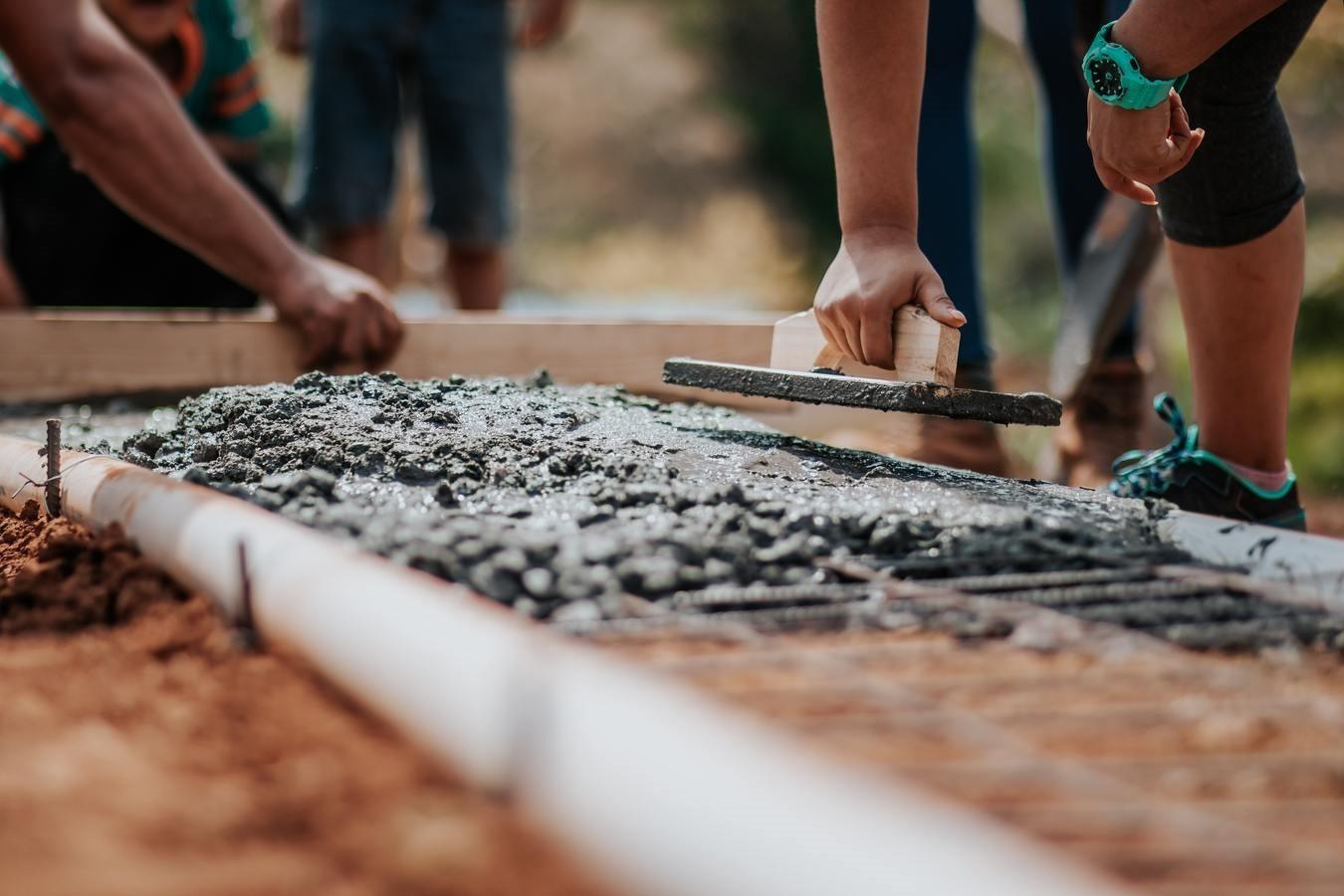 munca-constructii-muncitori
